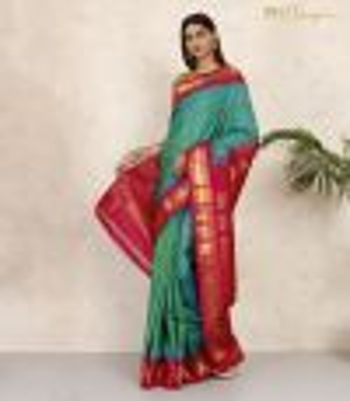 Gadwal Silk Jade Green and Pink Premium Pallu Handwoven Saree